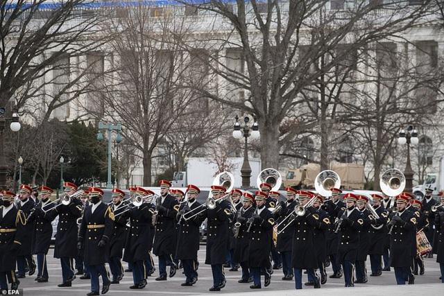 Tổng thống đắc cử Joe Biden tới Washington chuẩn bị cho lễ tuyên thệ nhậm chức - ảnh 1