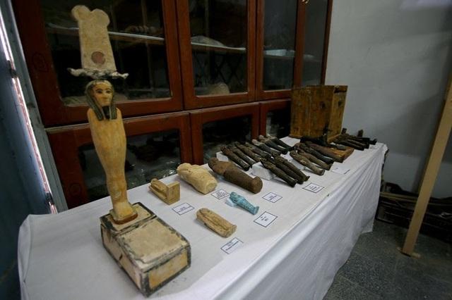 Phát hiện hàng chục quan tài cổ đại 3000 năm tuổi tại Ai Cập - ảnh 2