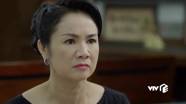 Hướng dương ngược nắng - Tập 17: Ra đòn cảnh cáo chị em Minh - Trí, bà Bạch Cúc quyết chống lại bố chồng - Ảnh 21.