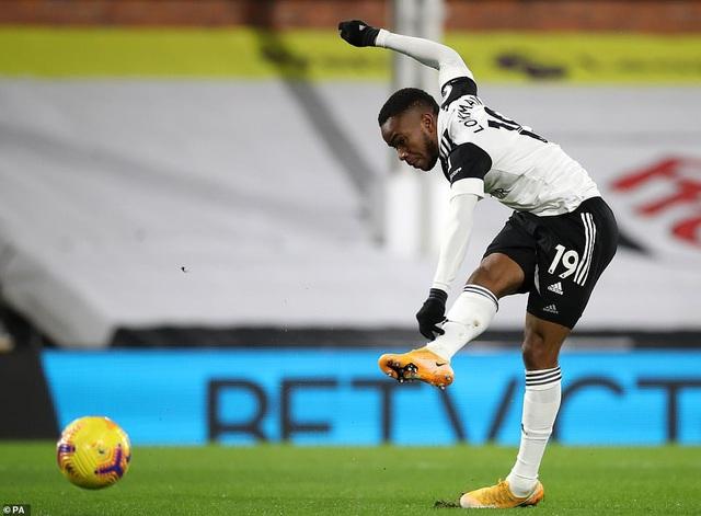 Fulham 1-2 Man Utd: Pogba tỏa sáng, Manchester United trở lại ngôi đầu - Ảnh 2.