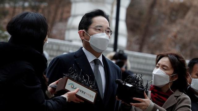 Án tù cho Thái tử Lee Jae-yong ảnh hưởng thế nào đến Samsung? - Ảnh 1.
