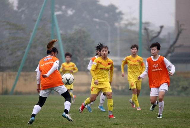 Đội hình trẻ tuyển nữ Quốc gia thắng đậm đội nữ Hà Nội II - Ảnh 1.