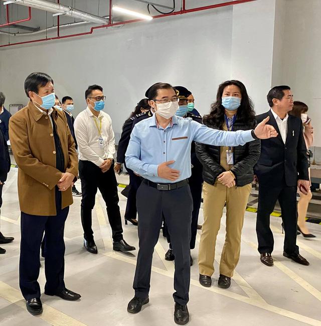 Quảng Ninh: Duy trì 1.500 chốt kiểm tra, giám sát, tư vấn y tế phòng dịch COVID-19 - Ảnh 2.