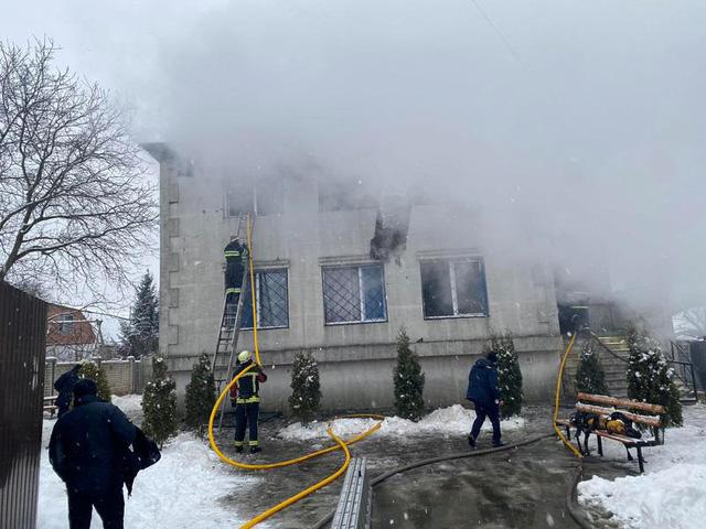 Hỏa hoạn tại viện dưỡng lão ở Ukraine, 15 người thiệt mạng - Ảnh 1.