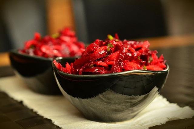 8 thực phẩm không nên hâm nóng bằng lò vi sóng - Ảnh 7.