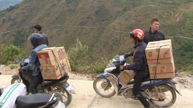 Tết nhân ái tới trẻ em vùng cao tỉnh Hà Giang - Ảnh 2.