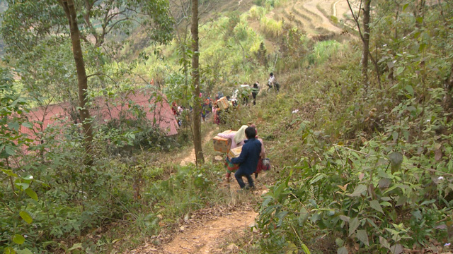Tết nhân ái tới trẻ em vùng cao tỉnh Hà Giang - Ảnh 3.