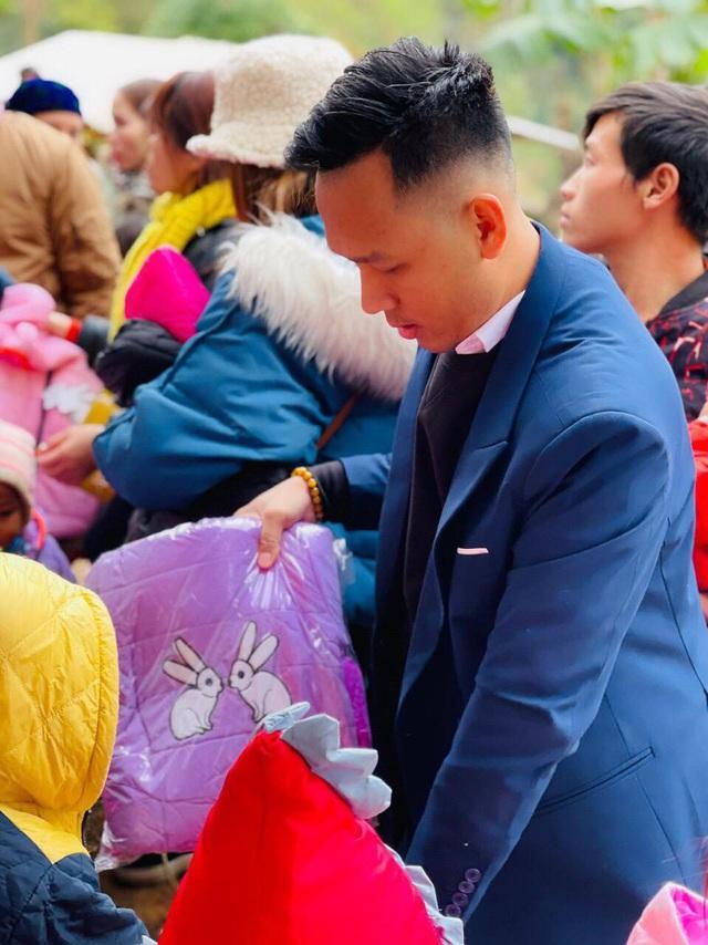 Tết nhân ái tới trẻ em vùng cao tỉnh Hà Giang - Ảnh 6.