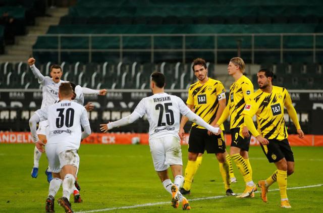 Mgladbach 4-2 Borussia Dortmund: Chiến thắng thuyết phục - Ảnh 2.
