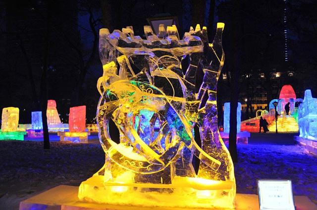 """Lạc trong """"kính vạn hoa tuyết"""" tại lễ hội mùa đông sắc màu ở Trung Quốc - ảnh 3"""