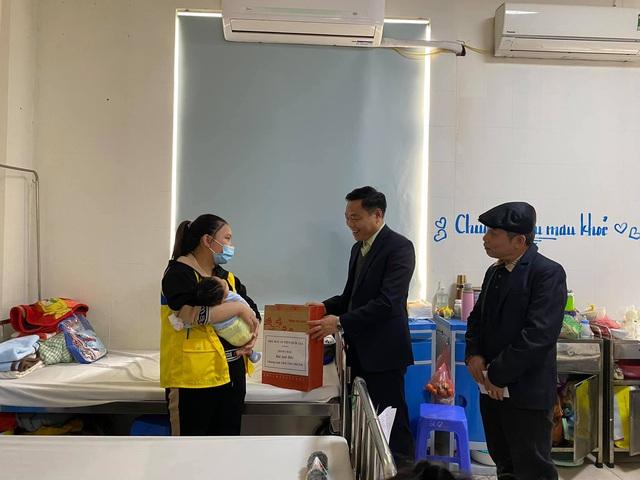 Hỗ trợ phẫu thuật cho 5 bệnh nhi tim bẩm sinh trước dịp Tết Tân Sửu - Ảnh 4.