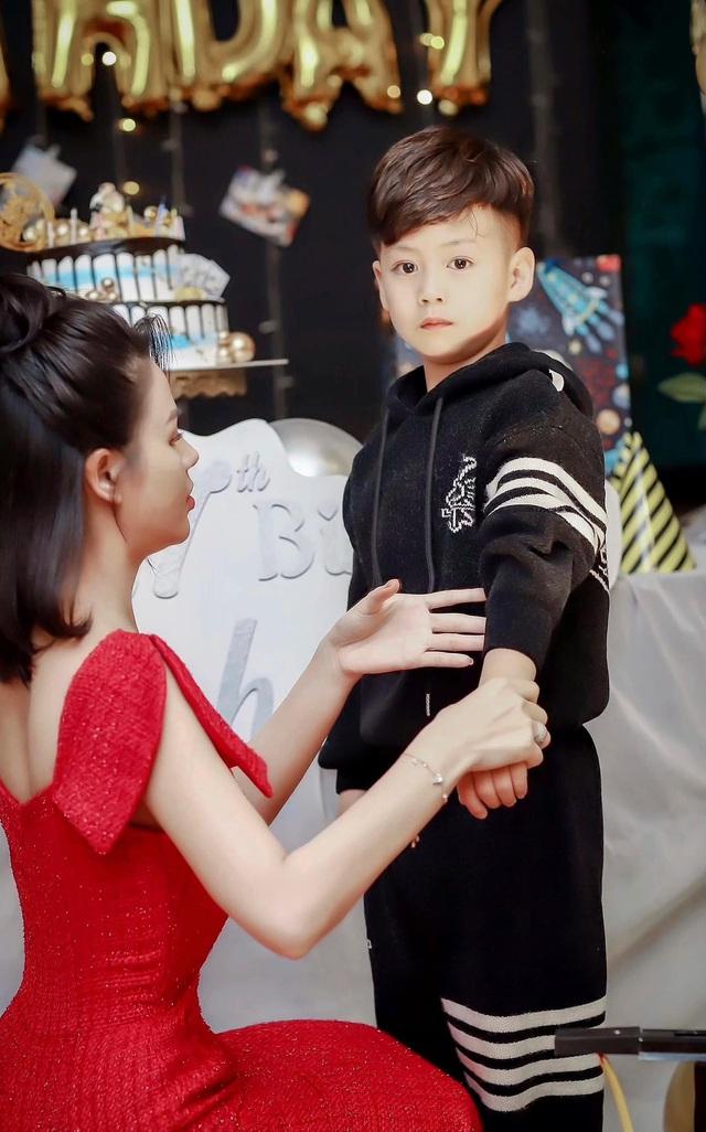 Lương Thu Trang - Minh của Hướng dương ngược nắng khoe con trai lém lỉnh - Ảnh 12.