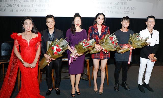 Võ Hoàng Yến, Nam Em sóng đôi mừng nghệ sĩ Hà Kiều Anh ra mắt phim - ảnh 5