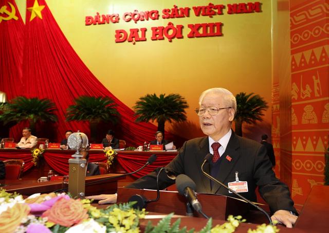 VIDEO: Tổng Bí thư, Chủ tịch nước trình bày Báo cáo của BCH Trung ương Đảng khóa XII  - Ảnh 1.
