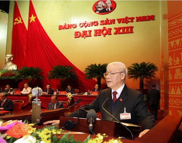 Đoàn Chủ tịch Đại hội đại biểu toàn quốc lần thứ XIII của Đảng - Ảnh 3.