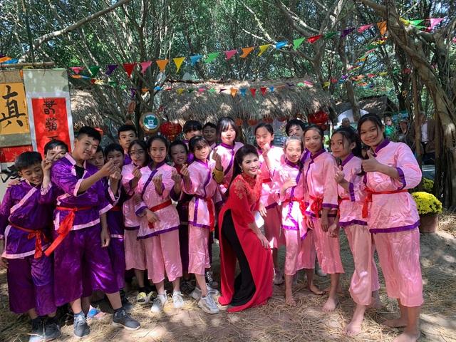 BTV Minh Trang rạng rỡ đón Xuân sớm trong Chiều cuối năm - Ảnh 5.