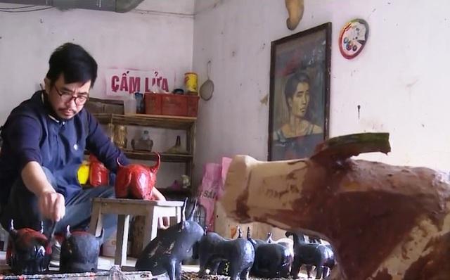 Độc đáo 1010 con trâu sơn mài tại Làng cổ Đường Lâm - Ảnh 2.