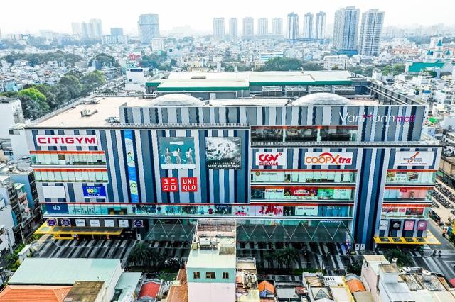 Uniqlo mở rộng kinh doanh tại TP Hồ Chí Minh - Ảnh 1.