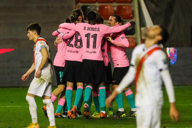 Messi tỏa sáng, Barcelona ngược dòng vào tứ kết Cúp nhà Vua Tây Ban Nha - Ảnh 2.