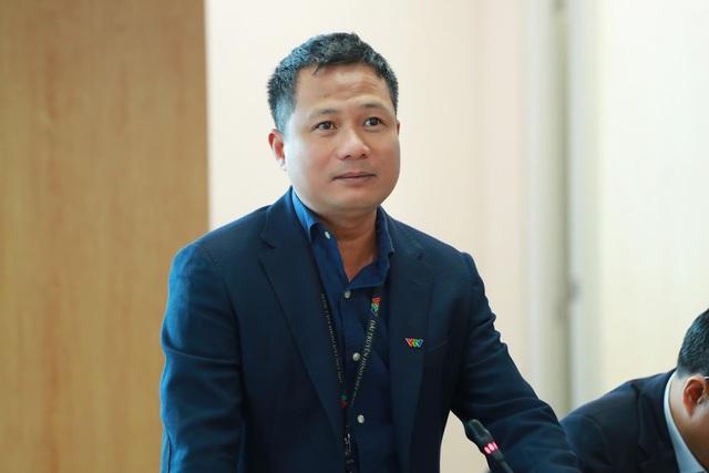 """Thông tin về ê-kíp """"Chiều cuối năm"""" tác nghiệp tại sân bay Vân Đồn, Quảng Ninh - Ảnh 1."""