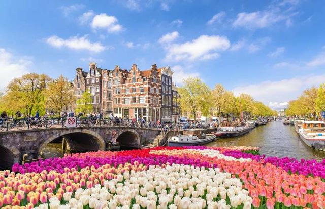 Chiêm ngưỡng những kênh đào xinh đẹp bậc nhất thế giới - ảnh 1