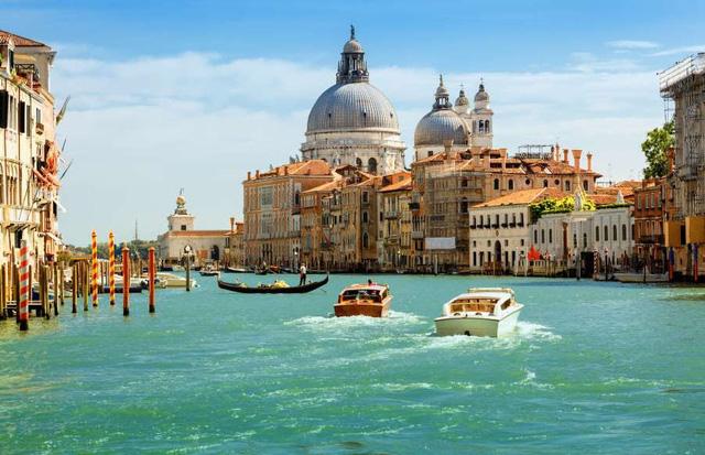 Chiêm ngưỡng những kênh đào xinh đẹp bậc nhất thế giới - ảnh 2