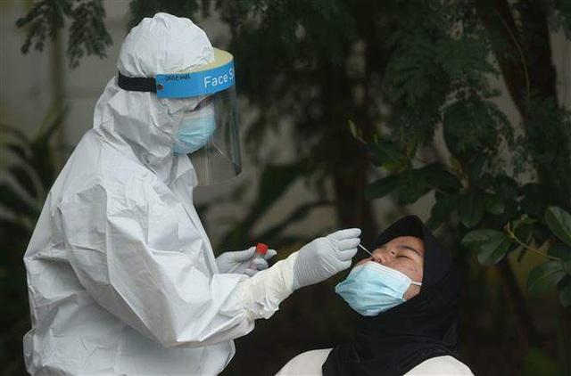 Thế giới ghi nhận hơn 103 triệu ca nhiễm virus SARS-CoV-2 - Ảnh 2.