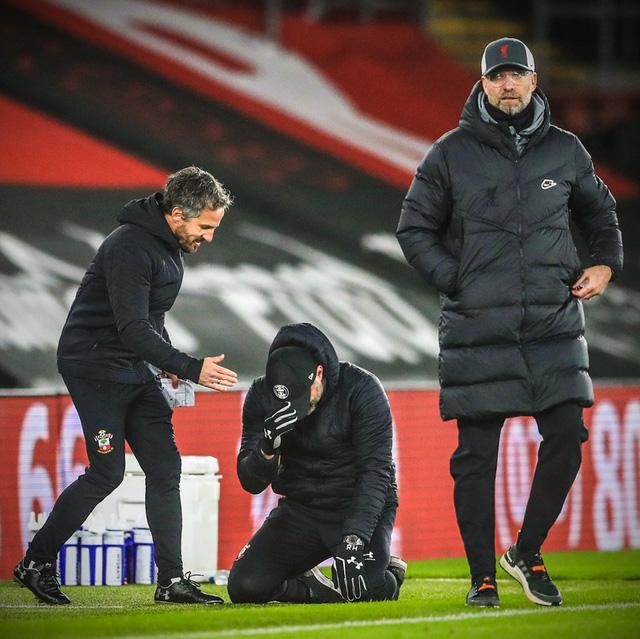 HLV Southampton bật khóc sau chiến thắng trước Liverpool - Ảnh 2.