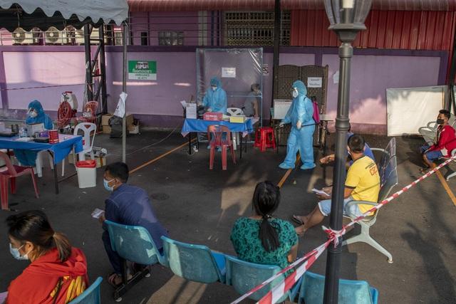 Bùng phát làn sóng COVID-19 thứ hai, Thái Lan áp đặt một loạt biện pháp nghiêm ngặt chưa từng có - Ảnh 2.
