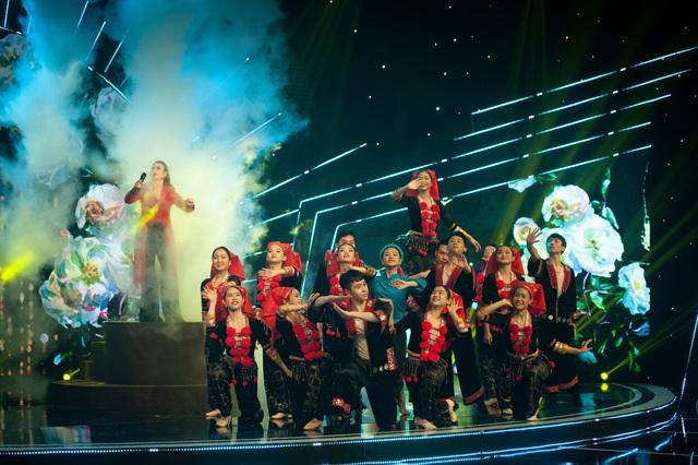 Đón Tết cùng VTV 2021: Khánh Linh hứa hẹn mang đến màn trình diễn độc đáo  - Ảnh 5.