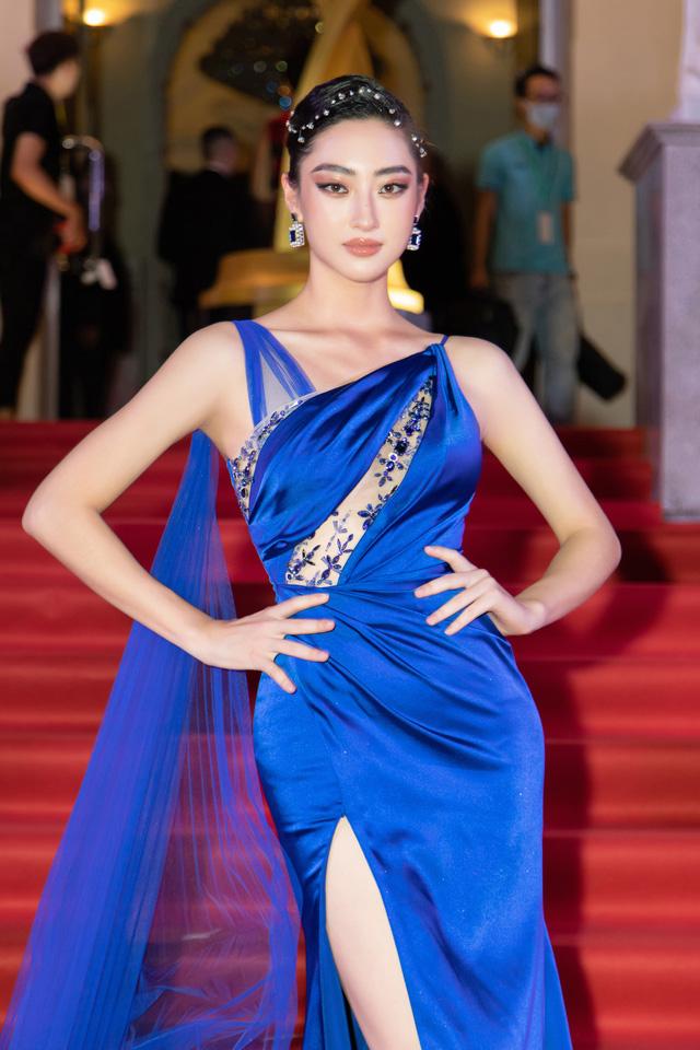 Đỗ Thị Hà đọ sắc cùng dàn Hoa hậu đàn chị tại Ngôi Sao Xanh - Ảnh 3.