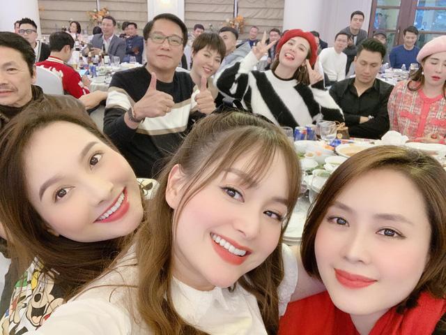 Hồng Diễm, Bảo Thanh và loạt nữ diễn viên xinh đẹp bất ngờ tụ họp - Ảnh 3.