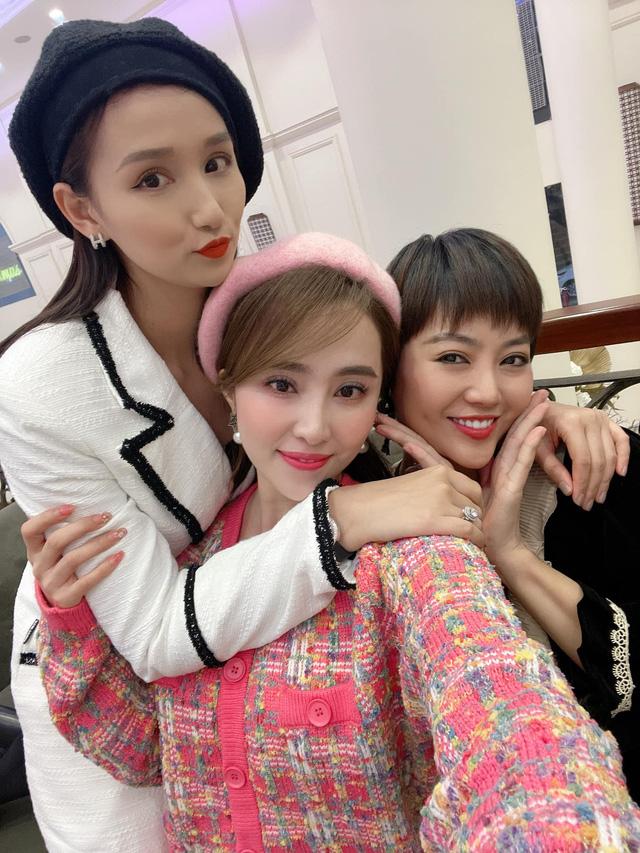Hồng Diễm, Bảo Thanh và loạt nữ diễn viên xinh đẹp bất ngờ tụ họp - Ảnh 5.