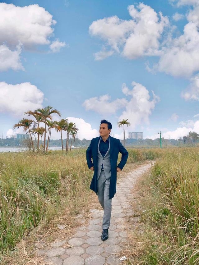Đoạn Tiktok của Hồng Đăng khiến fan mãn nhãn vì được ngắm trai đẹp ở mọi góc nhìn - Ảnh 1.