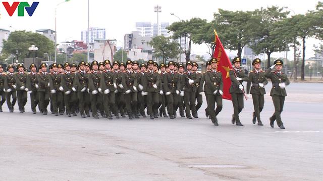 ẢNH: Diễn tập xử lý gây rối, đánh bắt khủng bố bảo vệ Đại hội XIII của Đảng - Ảnh 11.