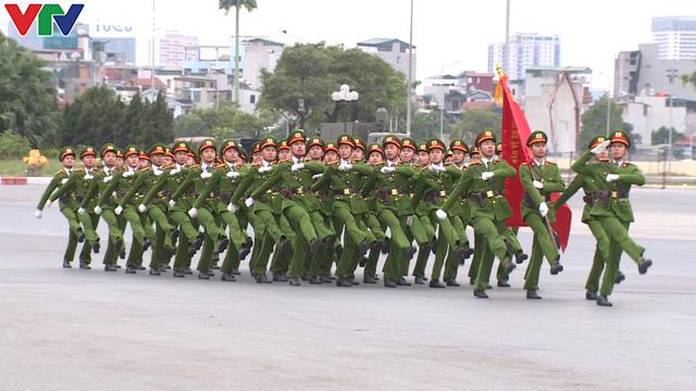 ẢNH: Diễn tập xử lý gây rối, đánh bắt khủng bố bảo vệ Đại hội XIII của Đảng - Ảnh 10.
