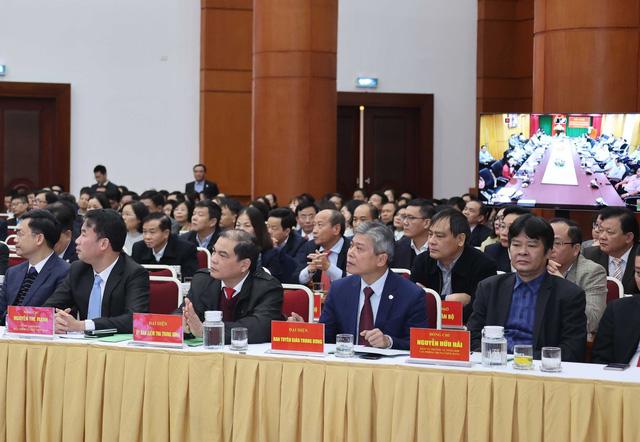 Thủ tướng dự Hội nghị triển khai nhiệm vụ tài chính - ngân sách nhà nước năm 2021 - Ảnh 7.
