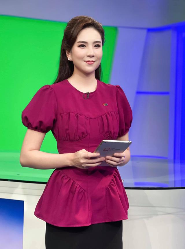 BST hồng chói lọi kén người mặc của BTV Mai Ngọc - ảnh 7