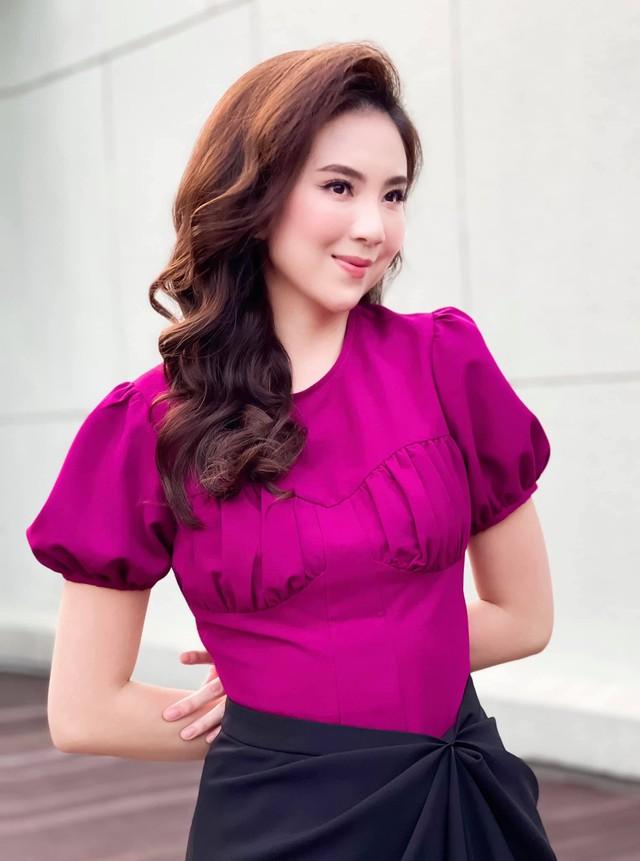 BST hồng chói lọi kén người mặc của BTV Mai Ngọc - ảnh 9