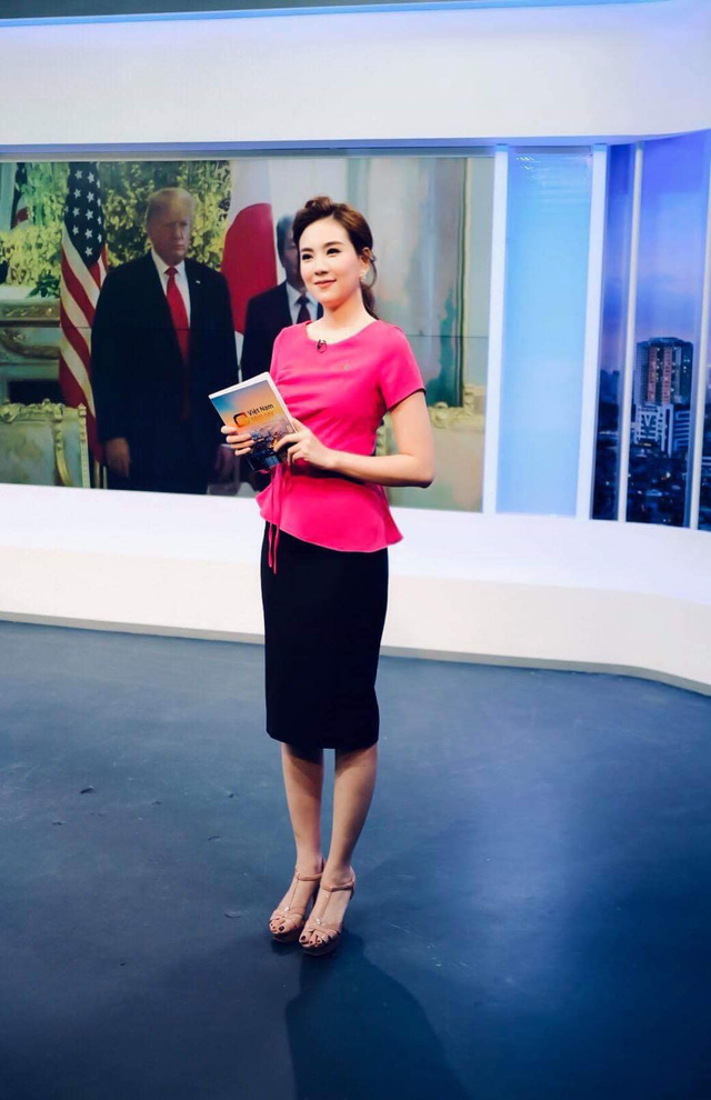 BST hồng chói lọi kén người mặc của BTV Mai Ngọc - ảnh 22