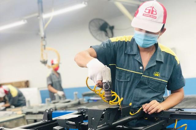 Tin Kinh tế: Nhiều người lao động bám trụ lại TP Hồ Chí Minh, tìm cơ hội mới