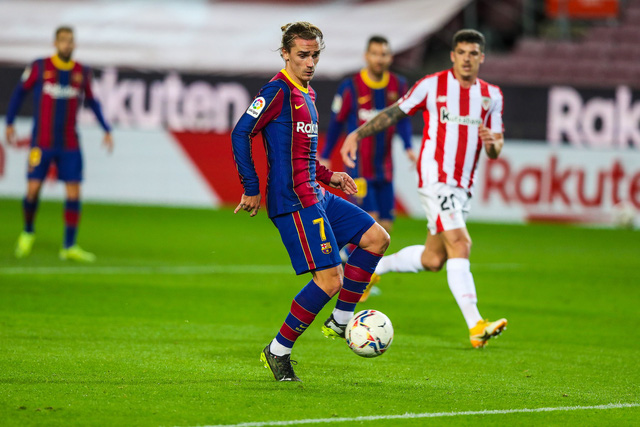 Barcelona 2-1 Athletic Bilbao: Lionel Messi ghi siêu phẩm đá phạt - Ảnh 2.