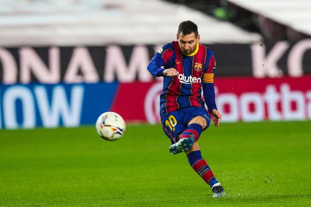 Barcelona 2-1 Athletic Bilbao: Lionel Messi ghi siêu phẩm đá phạt - Ảnh 1.