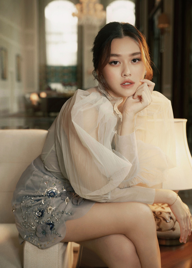 Hậu kết hôn, Á hậu Tường San cuốn hút như Song Hye Kyo - Ảnh 4.