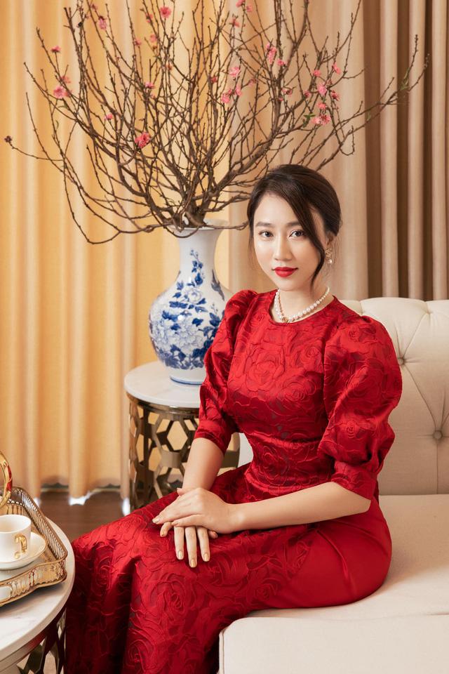 Diện áo dài đón Xuân, dàn nữ diễn viên Việt ai xinh hơn ai? - Ảnh 1.