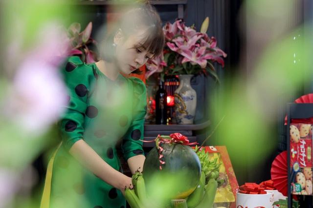 Sao Việt đón Tết: Sum họp bên gia đình, tất bật dọn dẹp, trang hoàng nhà cửa - Ảnh 2.