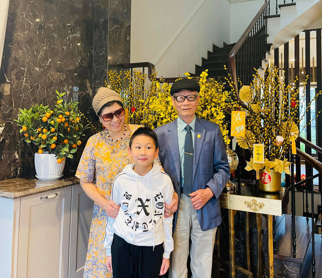 Bảo Thanh, Phương Oanh và dàn diễn viên xinh đẹp đồng loạt khoe ảnh bên gia đình ngày Tết - Ảnh 8.