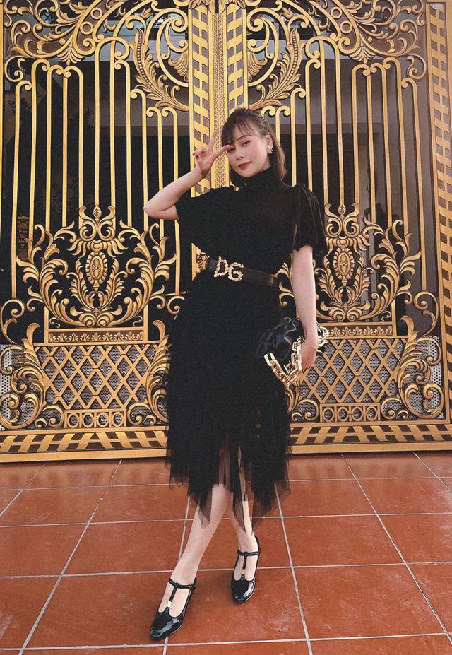 Bảo Thanh, Phương Oanh và dàn diễn viên xinh đẹp đồng loạt khoe ảnh bên gia đình ngày Tết - Ảnh 3.