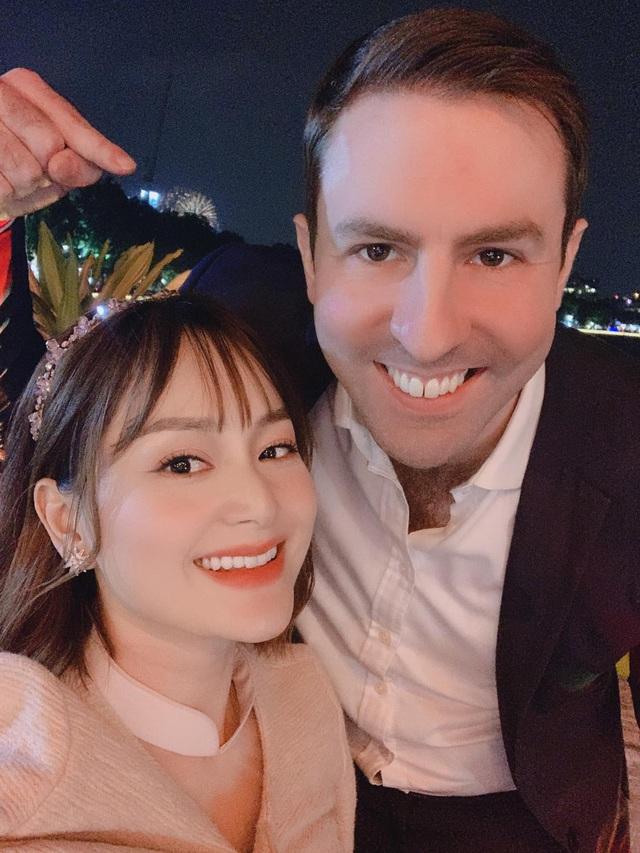 Bảo Thanh, Phương Oanh và dàn diễn viên xinh đẹp đồng loạt khoe ảnh bên gia đình ngày Tết - Ảnh 6.
