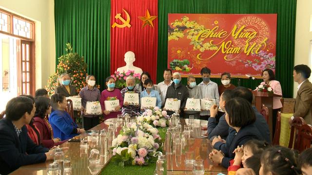 Món quà đầu xuân cho hơn 1.000 người dân khó khăn tại tỉnh Ninh Bình - Ảnh 15.